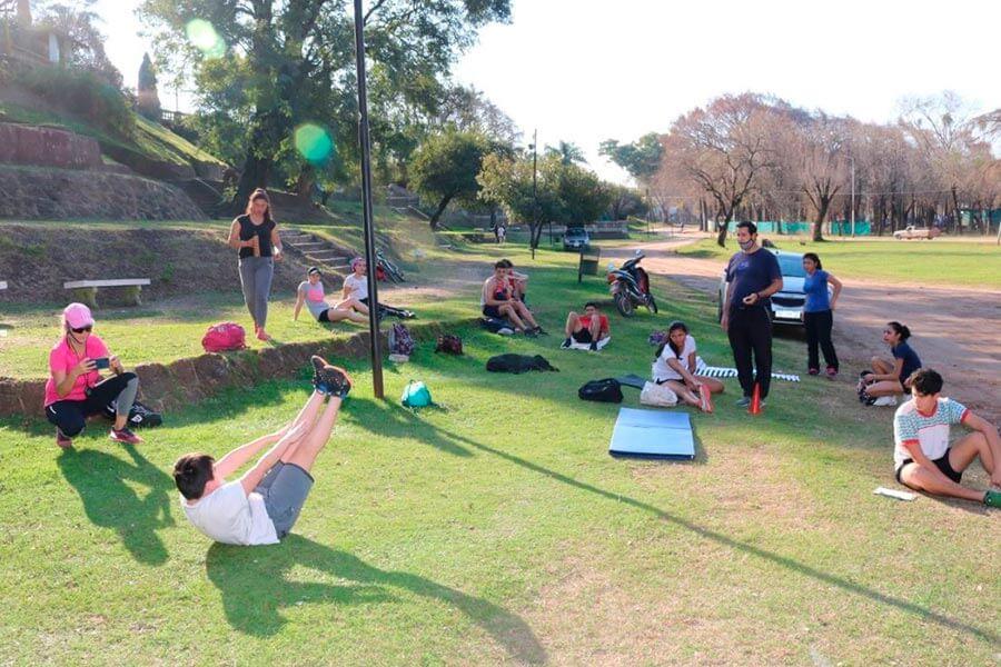 Atletismo entrenamiento en el Parque Quiros