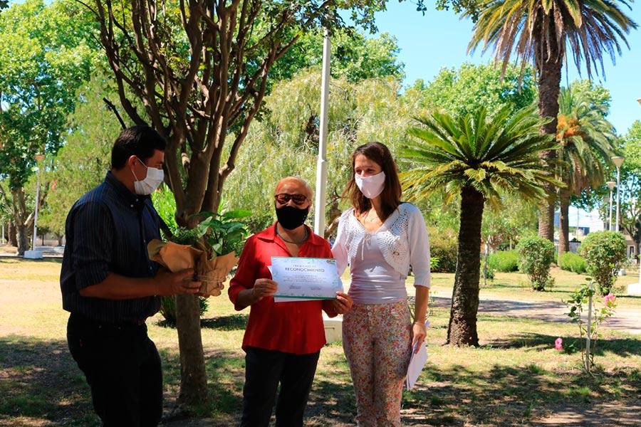 Fueron entregados los premios del concurso de parques y jardines de Colon