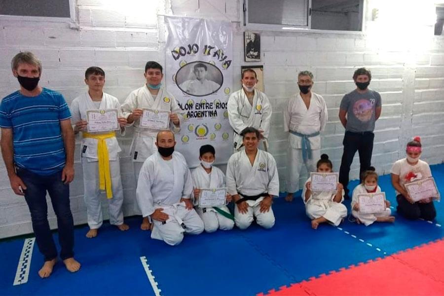 Diplomas de pases de cinturones de karate