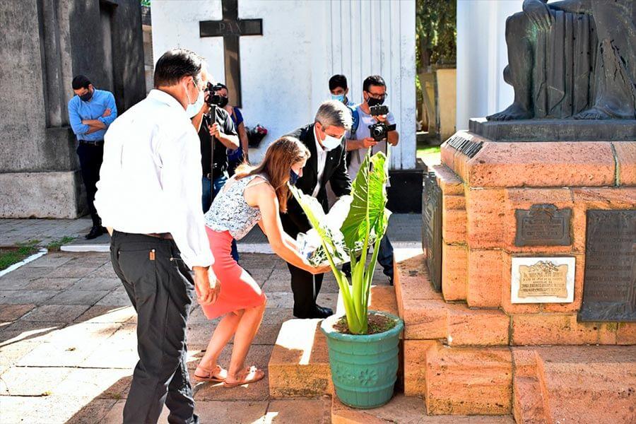 Homenaje al Dr. Herminio Quirós