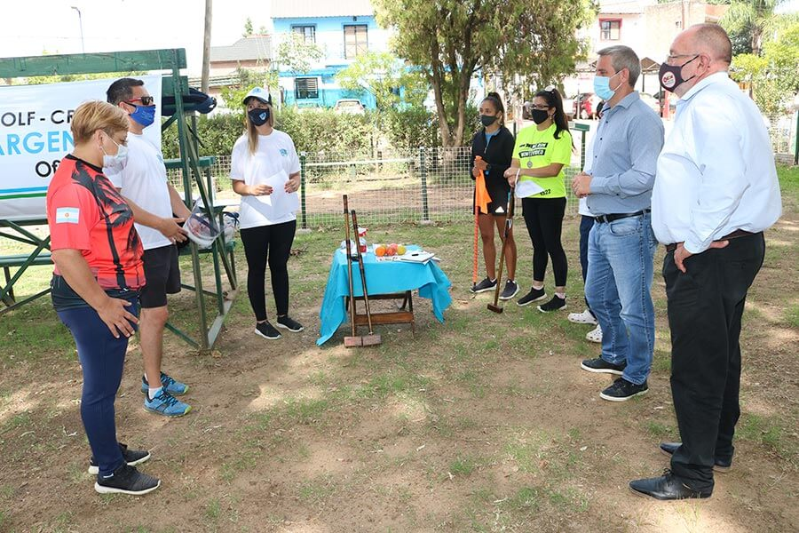 Suman instructores de Golf Croquet