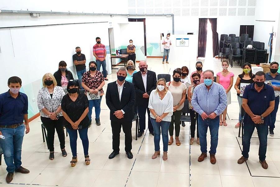 Emprendedores del Departamento recibieron herramientas en Colón