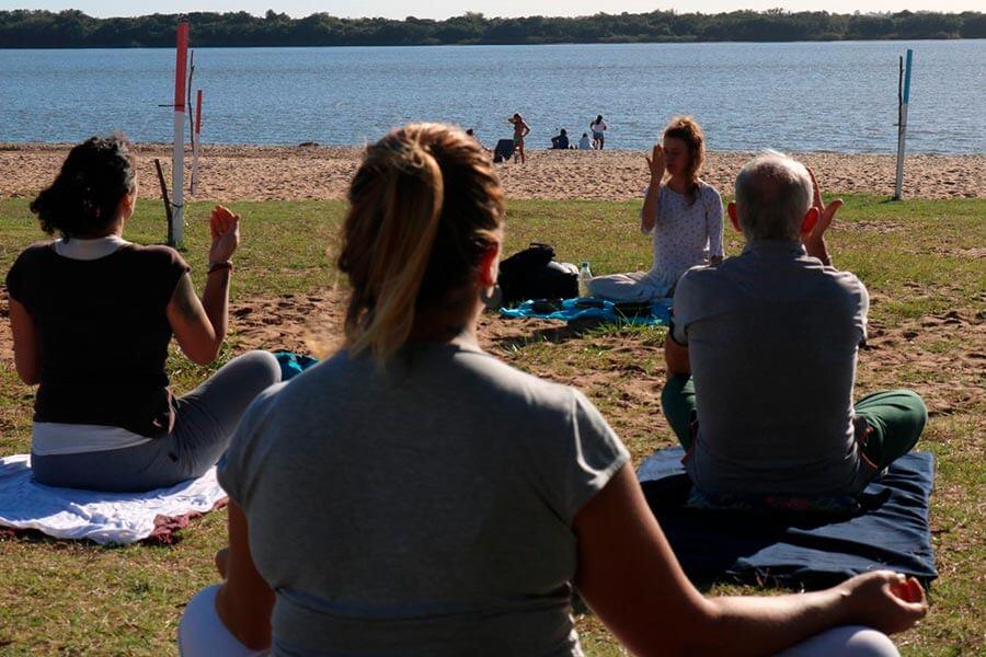 Se dictarán clases de Yoga para adultos mayores en el salón Stella Maris