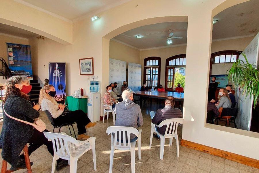 Presentación al CO.A.TUR del nuevo equipo de comunicación y prensa de Turismo Colón