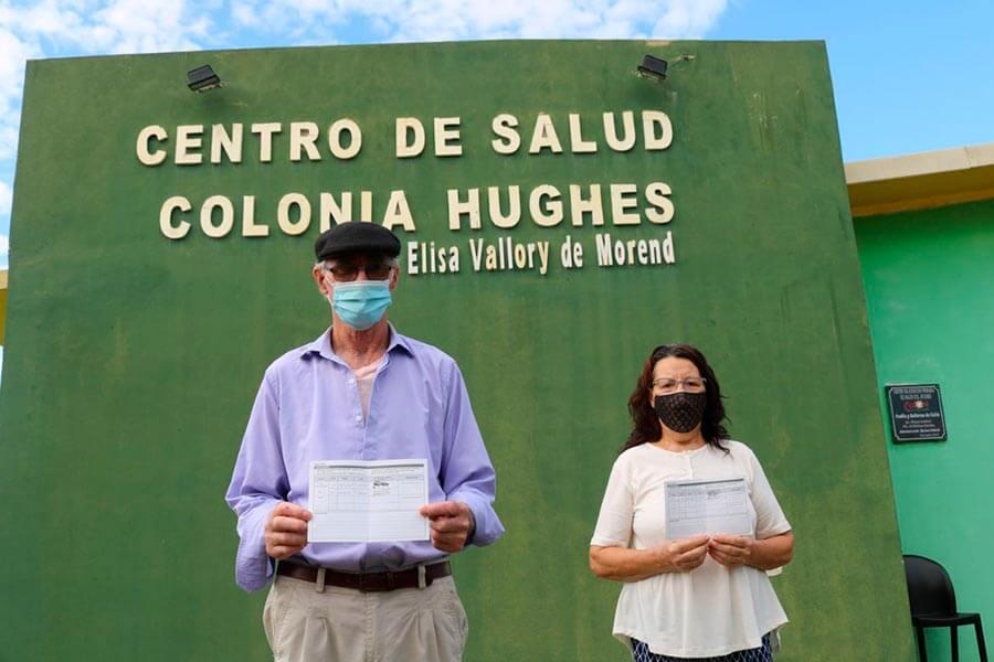 Se vacuna contra la gripe y contra el Covid-19 en Colón