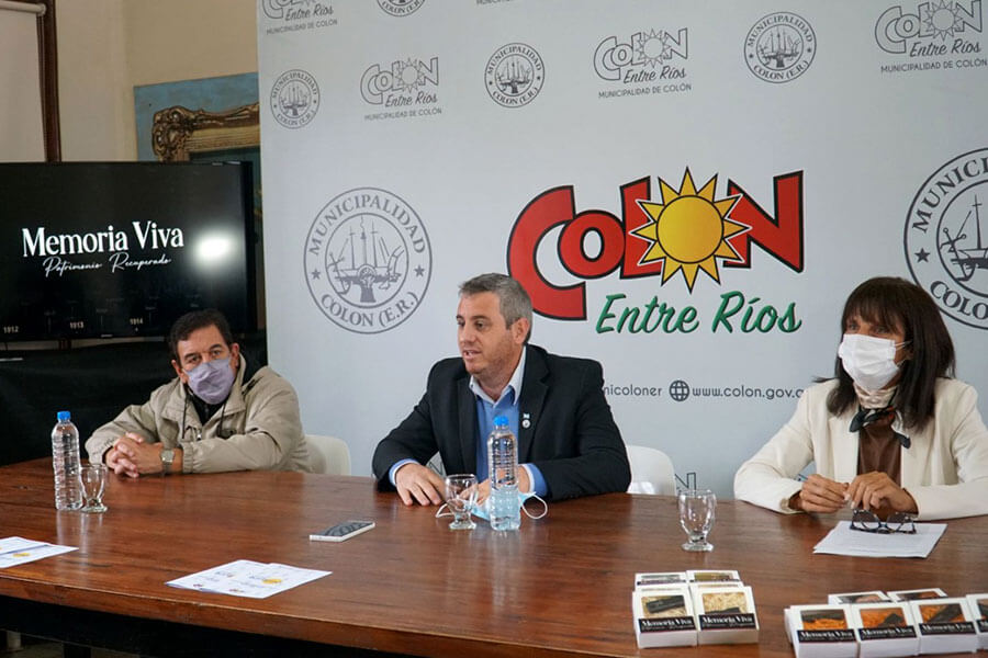"""Fueron entregados reconocimientos por el ciclo de Conferencias """"Patrimonio Natural y Cultural, Memoria Recuperada"""""""