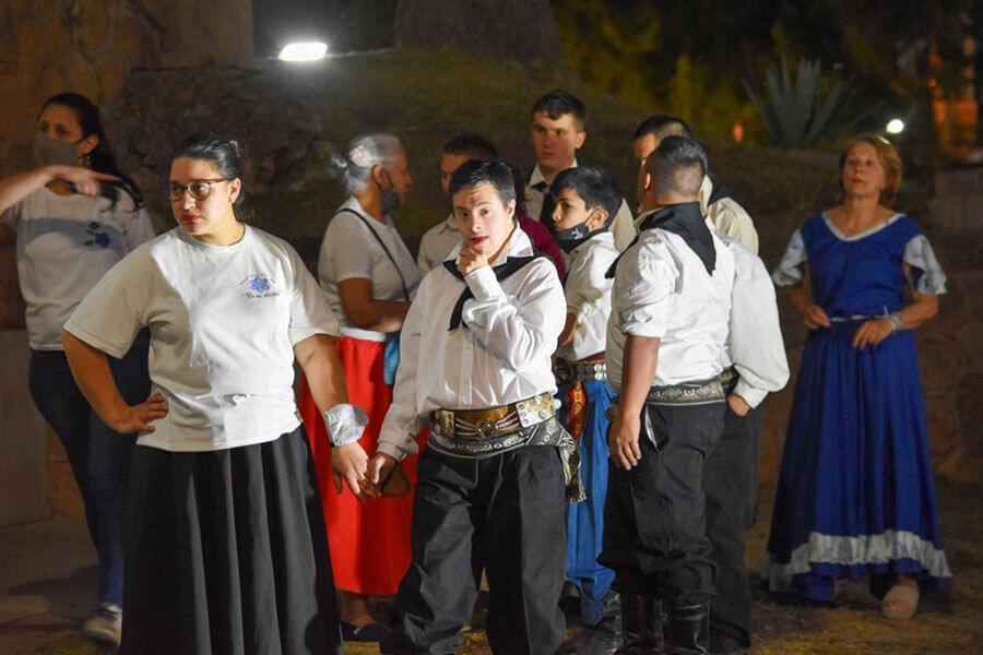 El Mes de la Inclusión cerró con una peña folclórica en Colón